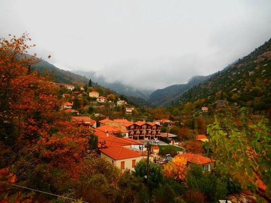 Oneiro Resort: θέα από την αίθουσα του πρωινού