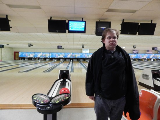 Kenmore, Nowy Jork: Bowling at Classic Lanes