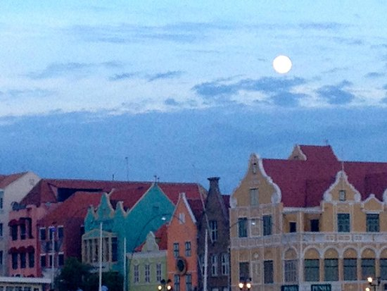 Adrenaline Tours Curacao: Heading home on the yacht, downtown Willemstad, full moon.