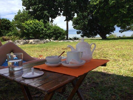 Hotel Sonrisa : Relaxing n taking tea