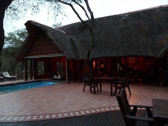 Thula Thula Luxury Private Game Reserve: Le bâtiment principal du lodge