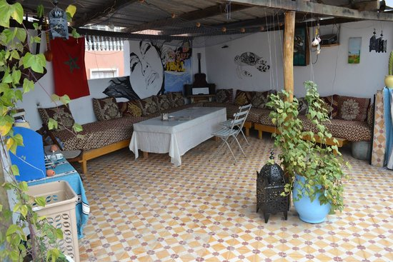 The Surf Hostel: rooftop terrace
