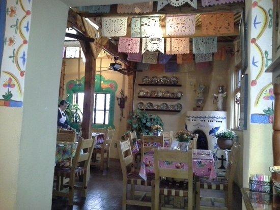 El Paradero Bed and Breakfast Inn: dining room