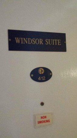 The Queens Hotel: suite