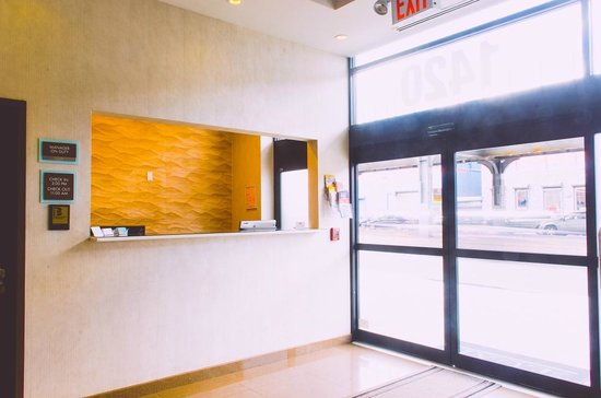 Hotel Lynx : Hotel Luxe Reception