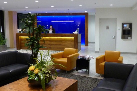 Best Western plus hotel levesque : Lobby