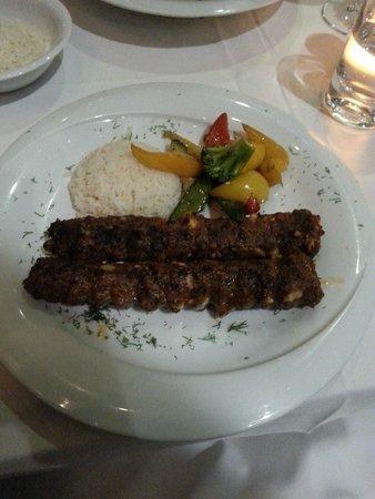 Haz Restaurant Plantation Place: Kofte with Halloumi and Walnut