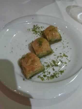 Haz Restaurant Plantation Place: Baklava