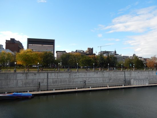 Old Port of Montreal - Longueuil Ferry : Old Port Montreal