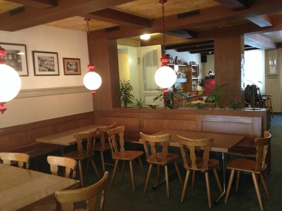 Waldhotel Unspunnen: Waiting lounge