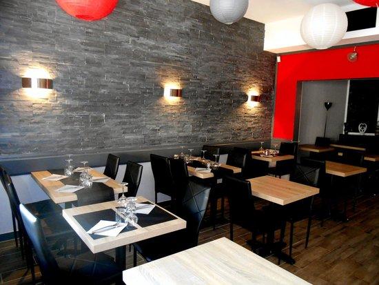 La place restaurant pizzeria portes l s valence restaurant avis num ro de t l phone photos - Restaurant chinois portes les valence ...
