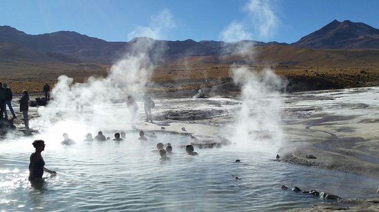 Ok fa freddo ma il bagno nella piscina termale e naturale a 4500mt da non perdere foto di - Bambolotti che fanno il bagno ...