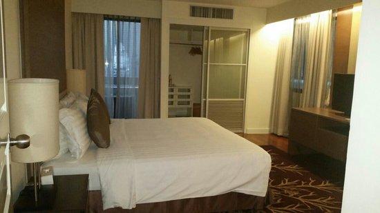 Phachara Suites : Bedroom