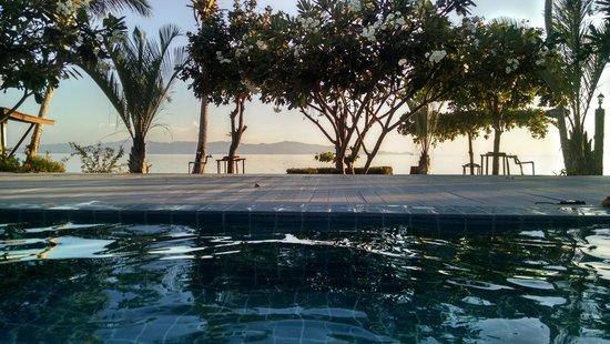 Da Kanda Villa Beach Resort : piscina