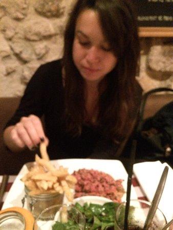 Chez Vincent et Nicolas: tartare de bœuf très bon!