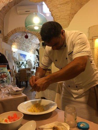 Osteria del Coco Pazzo da Stefano: Spagetti with with fresh truffle