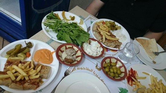 Lebanese Mill: Mexican shoarma en kip shoarma