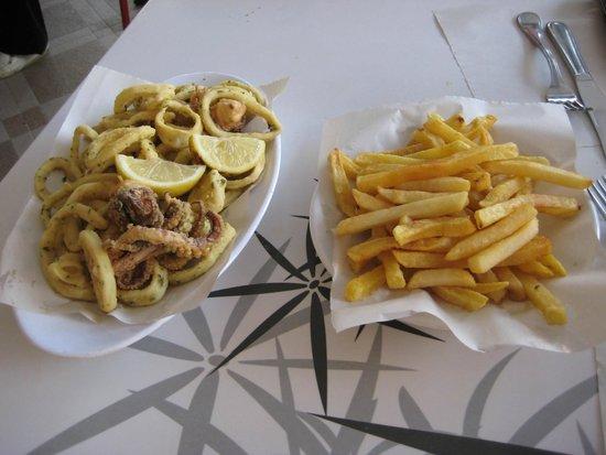 Al Bahriya Seafood Restaurant: Fried squid - Calamari