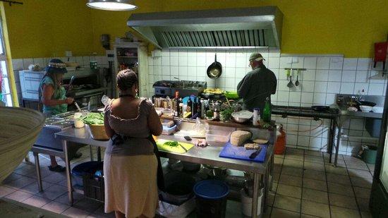 Hazel's Organic Restaurant : Küche
