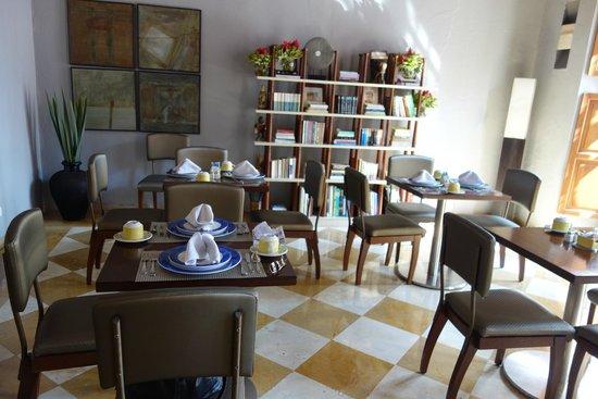 NH Collection Cartagena La Merced Royal: Salão café da manhã