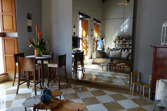 NH Collection Cartagena La Merced Royal: Salão do cafe da manhã