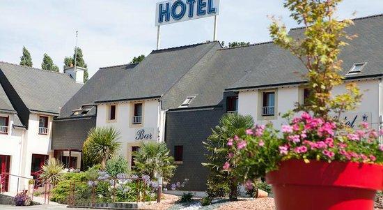 Hôtel Le Branhoc Logis Brit Hotel : Façade de l'hôtel