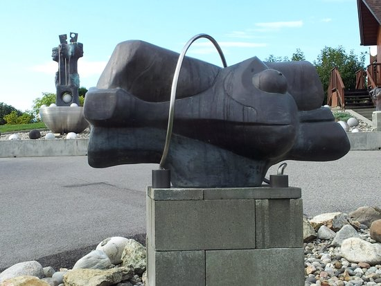 Geert Maas Sculpture Gardens Gallery and Studio: Passion Bronze & Stainless Steel