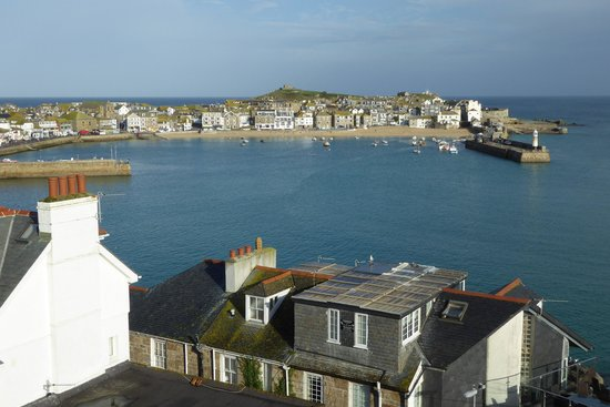 Carlill: St Ives Harbour