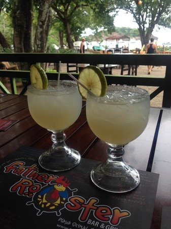 Father Rooster Beachfront Bar & Grill : That's a margarita