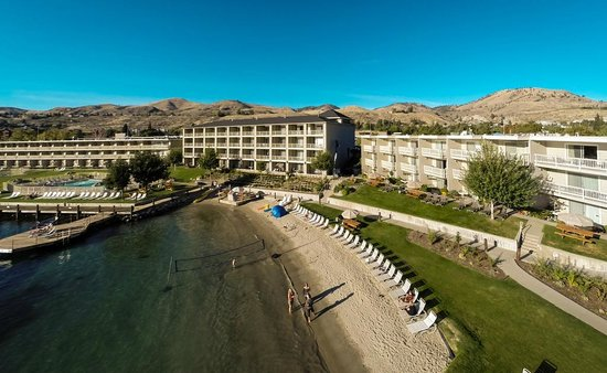Campbell's Resort on Lake Chelan : Best beach on Lake Chelan