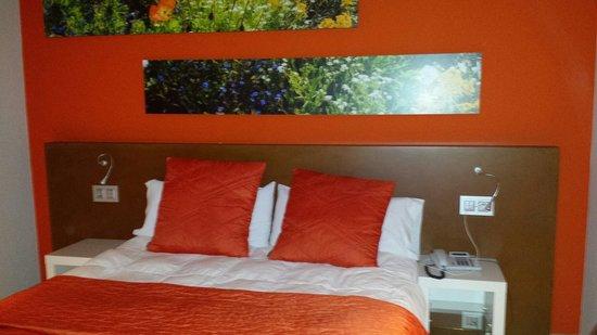 La Sequia Molinar: Fantastica habitacion naranja ☺☺☺la 205..