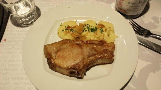 L'Avant-Gout : Costeleta de porco no ponto certo, com um molho inesquecível!