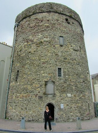 Reginald's Tower : Exterior walls