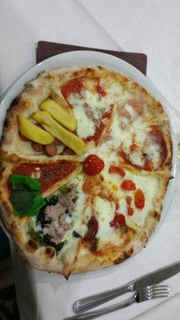 Ristorante Pizzeria Carlo Alberto: Carro di pizza