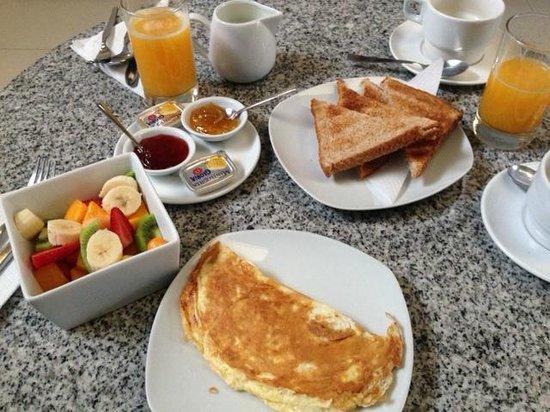 3B Barranco's - Chic and Basic - B&B : café da manhã simples e gostoso!