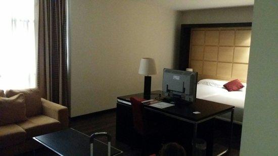 Hotel Eurostars Zaragoza: Habitación 1