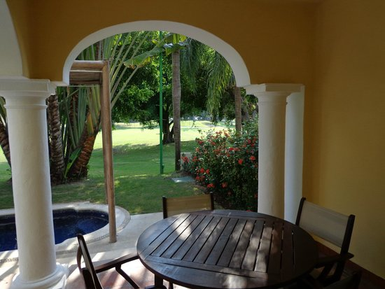 Casa Velas: Patio view