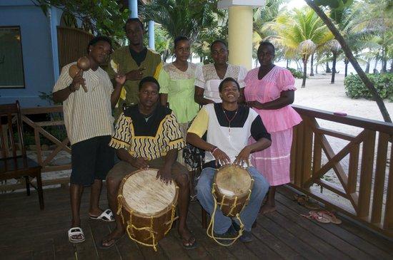 Hamanasi Adventure and Dive Resort : Local Garifuna Band and Dancers