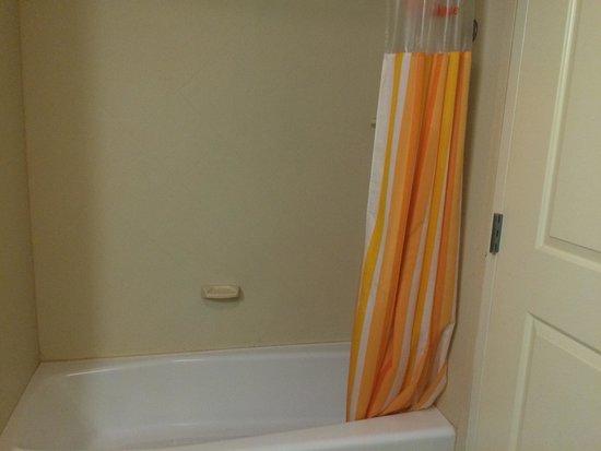 La Quinta Inn & Suites Fresno Northwest: Shower