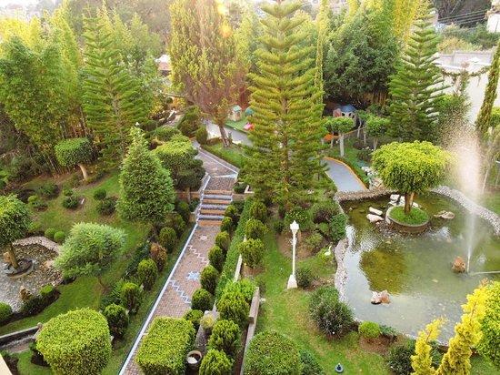 Jardines picture of ixtapan de la sal marriott hotel for Jardin de sal