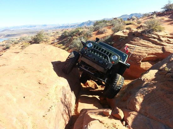 Zion Country Off-Road Tours: Tippy sensations tour