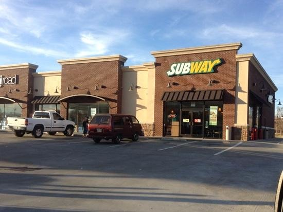 Subway guthrie restaurant reviews phone number for Guthrie dining