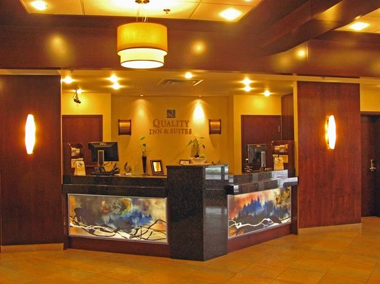 Quality Inn & Suites Val d'Or : Reception