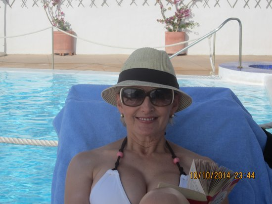 Hotel Ancora: The pool at the sister hotel