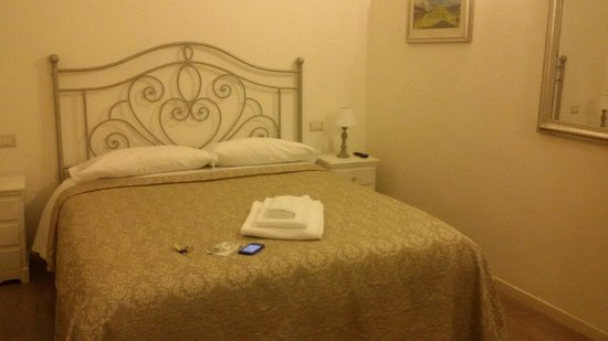 Dante's in Vaticano: Room. Comfy and quiet