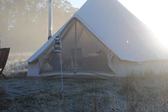 Cosy Tents 5m Bell Tent - Winter time & 5m Bell Tent - Winter time - Picture of Cosy Tents Sailors Falls ...