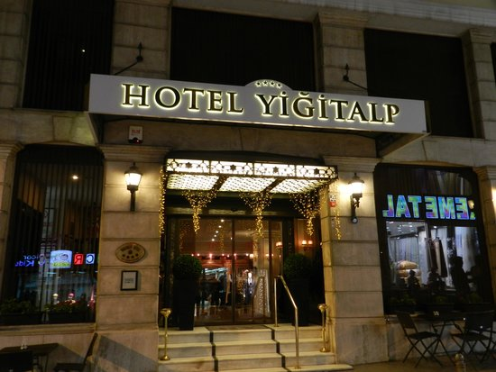 Yigitalp Hotel : Dont let the outside deceive you