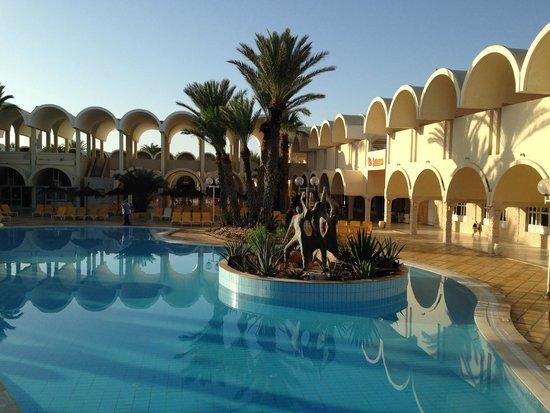 Club Marmara El Manara: Pool central