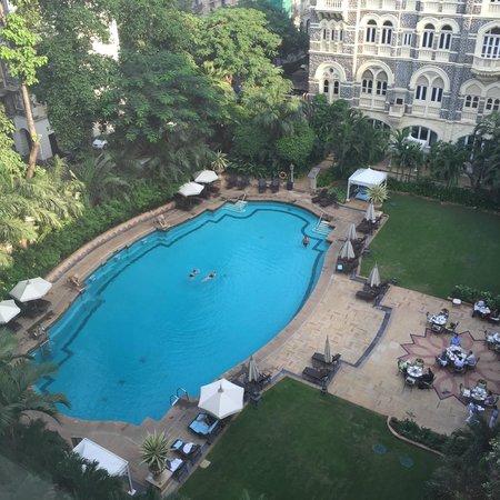 Swimming pool picture of the taj mahal palace mumbai bombay tripadvisor for Lake annecy hotels swimming pool