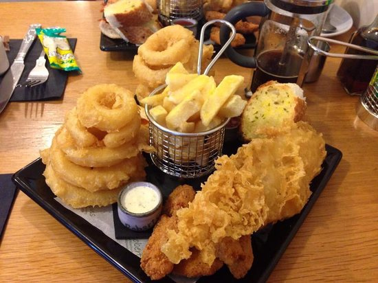 Robertsons Fish Restaurant: The ultimate combo